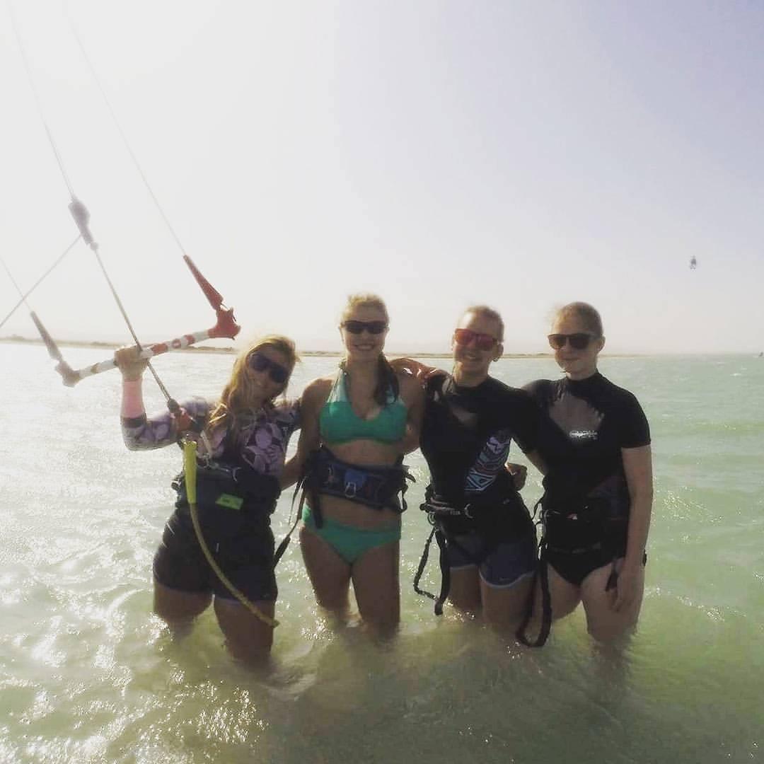 kitesurfing women at kitesurfing group event week el gouna