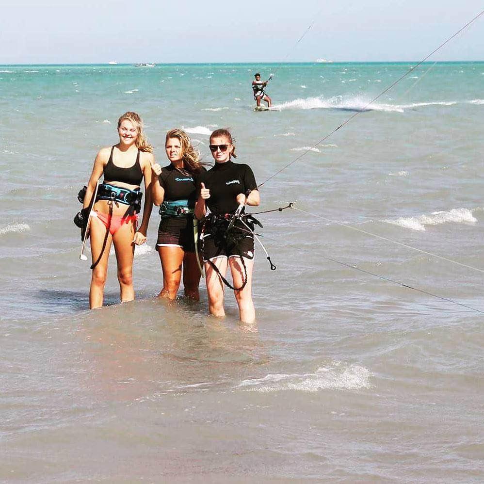 kitesurf event week for kitesurfing women and groups